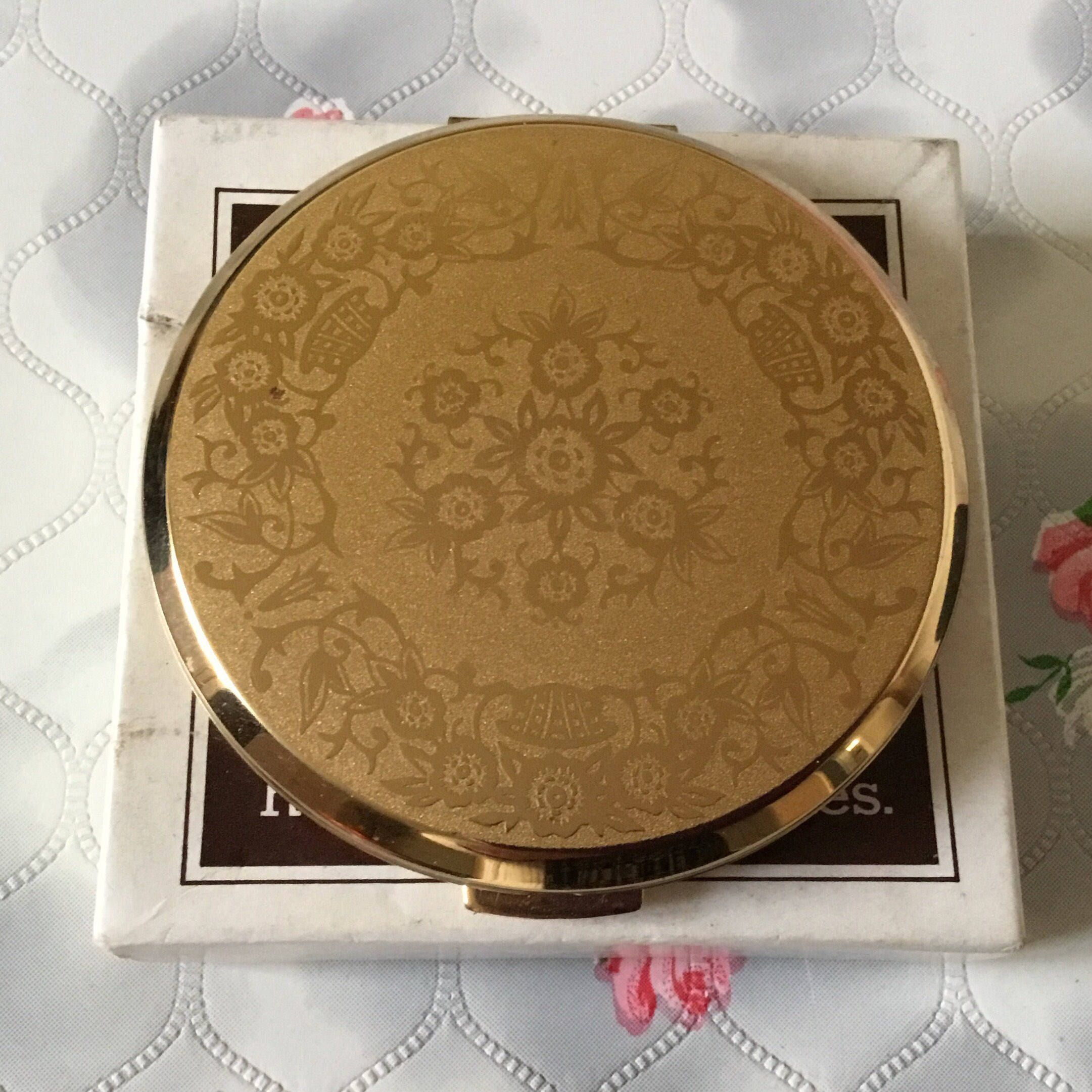 764125 1960s Vintage Stratton Red Enamel Roses Compact  Mirror PAT