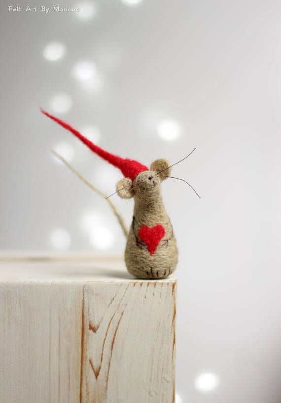 Needle Felted Mouse - Felt Mouse With A Red Hat And Heart - Mouse Elf - Art Doll - Mouse Home Decor - Needle Felt Animals - Handmade Mouse #dollhats