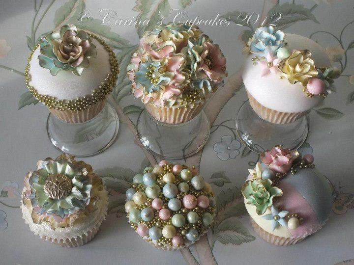 Vintagey cupcakes