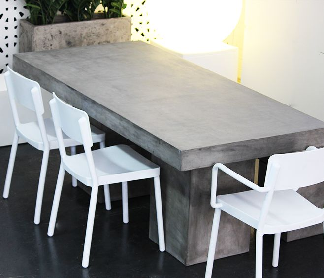 Manhattan Concrete Outdoor Table With Lisboa White Outdoor