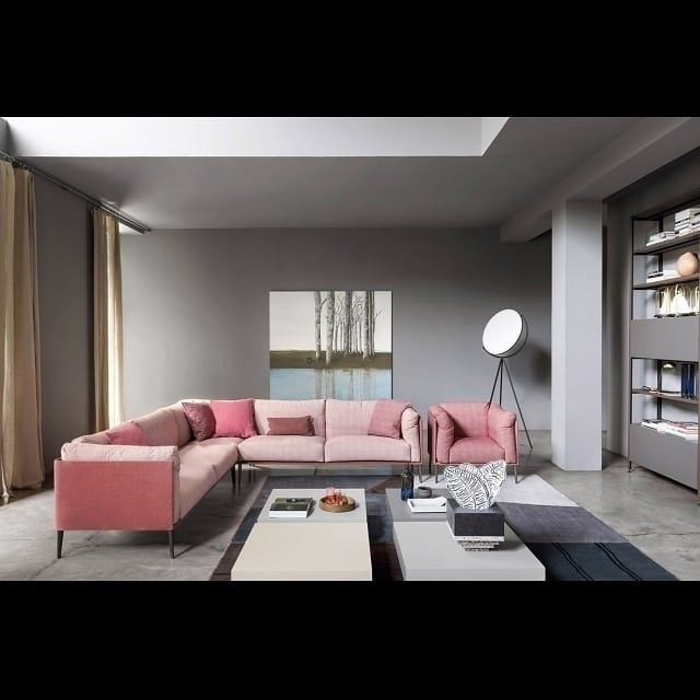 Die Neue Farbenfrohe Couch Von Novamobili Ist Sehr Bequem Und Zeitlos  Schlicht. #Sofa #