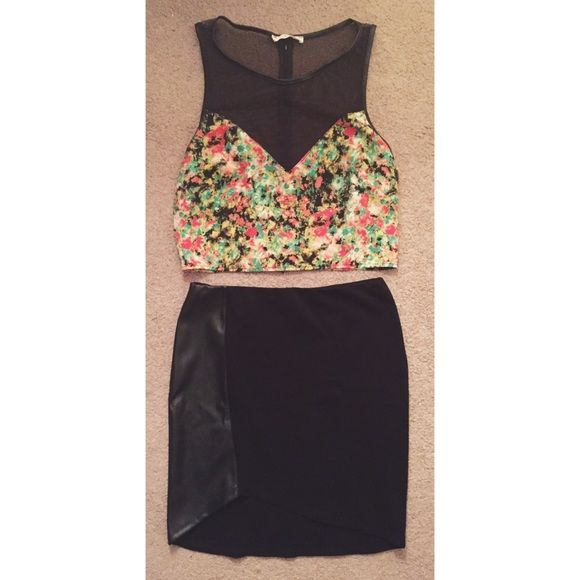 d018df7d58fe4 Crop Top Super cute Lush crop top. Black and flower print. Worn once.  Small. Lush Tops Crop Tops