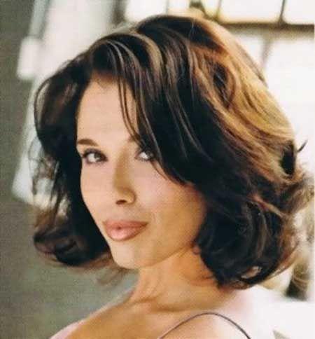 Wavy Short Hairstyles For Women Medium Length Hair Styles Medium Hair Styles Wavy Haircuts