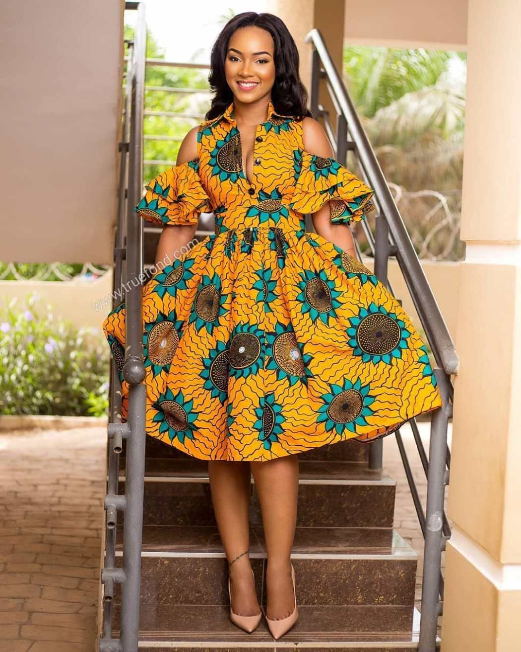 Gorgeous Guinea Brocade Styles For Women