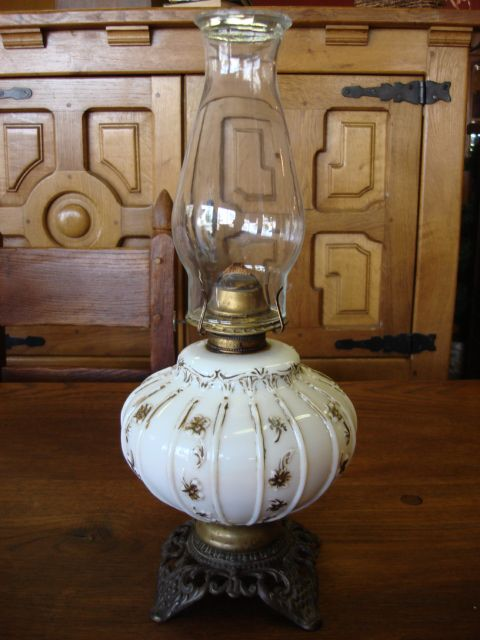 American Antique Victorian Phoenix Oil Lamp With A Eagle Burner Antique Oil Lamps Hurricane Oil Lamps Lamp