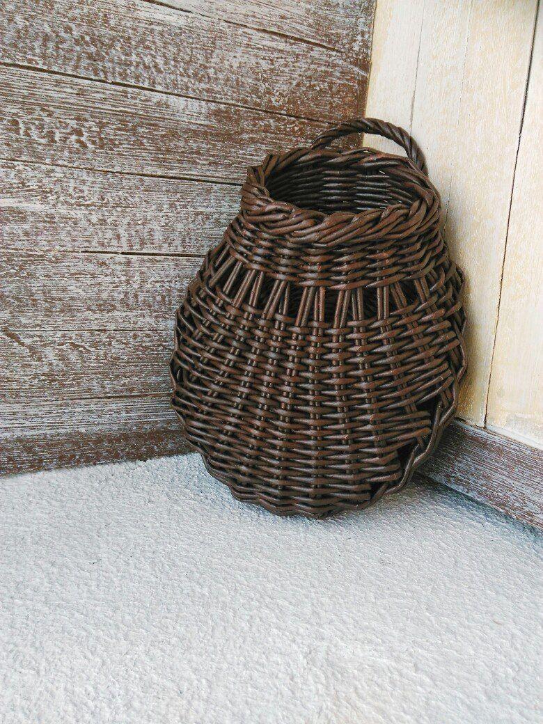 Плетение из газет декор pinterest willow weaving paper basket