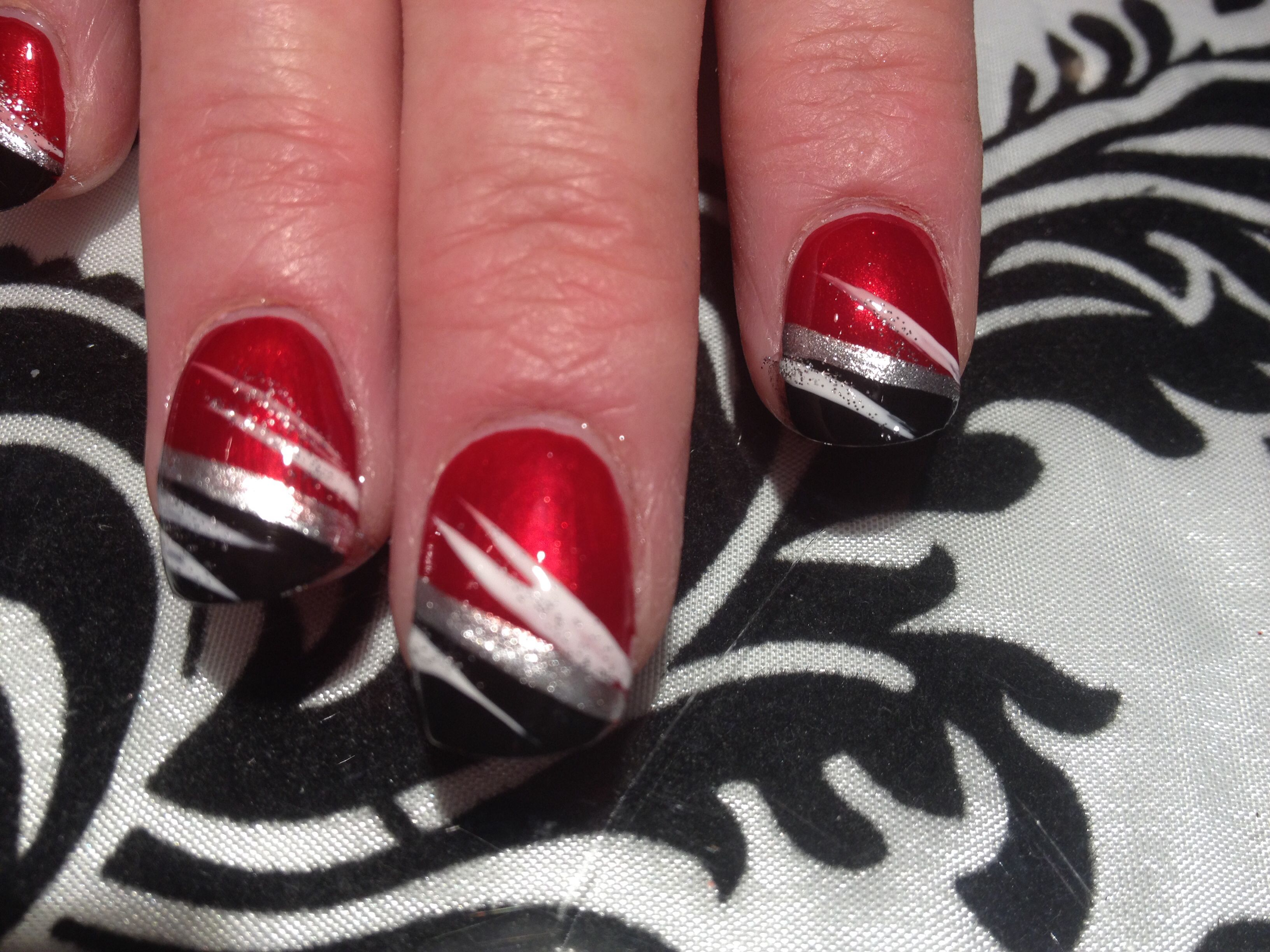 Red and black nail design | Black & White Nail Couture | Pinterest ...