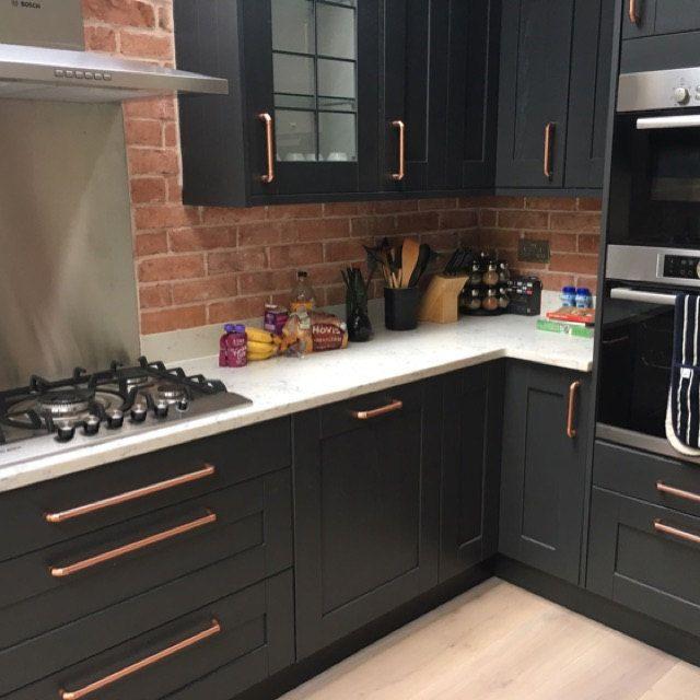 Pin By Azul Turqueza On Future Home In 2021 Kitchen Design Black And Copper Kitchen Modern Kitchen Design