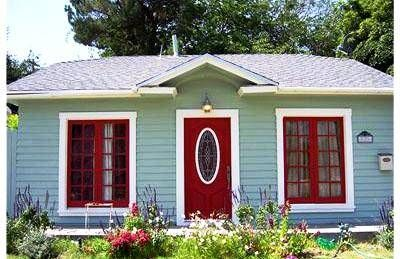 House Paint Colors A Guide To Great Combinations Paint Colors House And Cherries