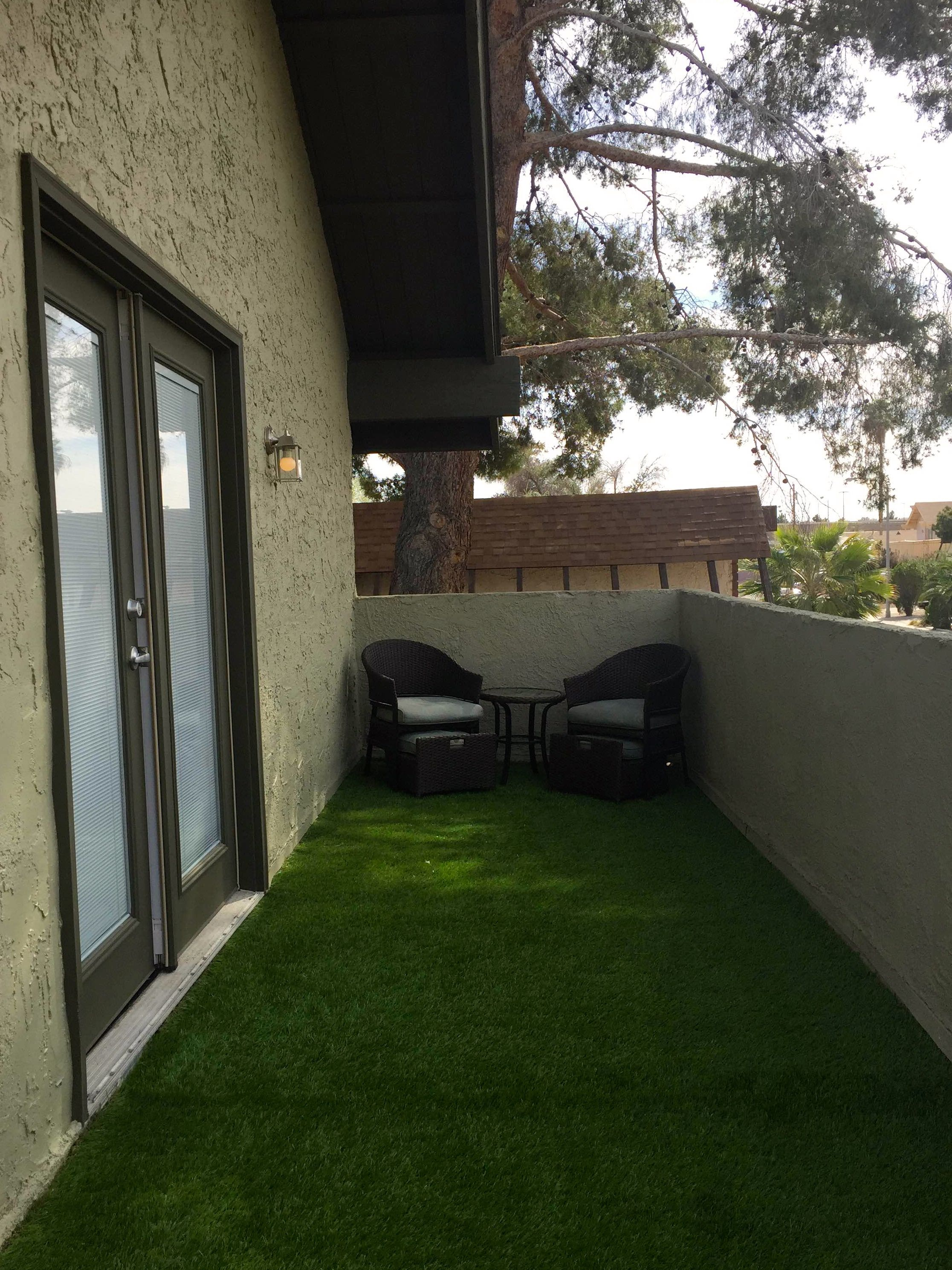 Artificial Gr Turf Balcony