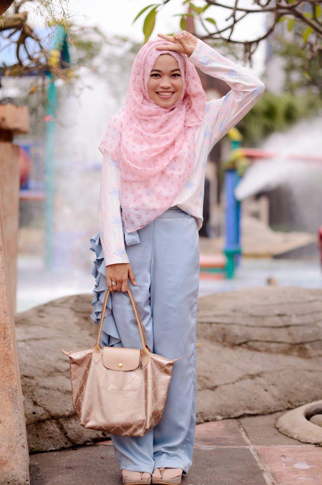 Gdas Gallery Ghaida Tsurayya Bloggers I Love Pinterest Hijab Zaskia Mecca Elena Blouse Navy