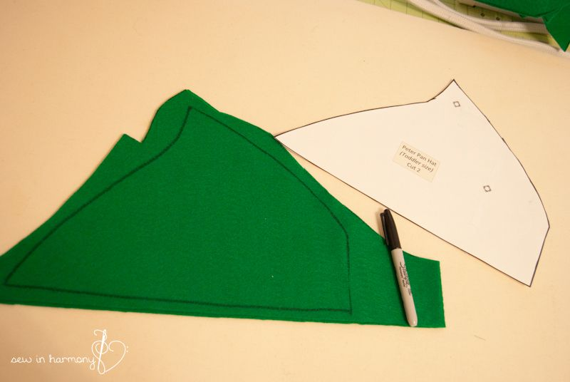 peter pan costume pattern peter pan hat tutorial sew. Black Bedroom Furniture Sets. Home Design Ideas