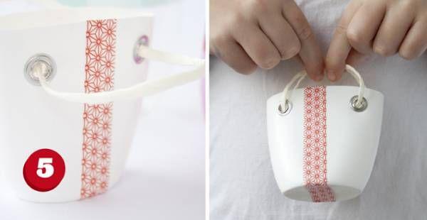 Mini Sac Avec Une Bouteille De Shampoo Plastic Bottles Plastic Crafts Upcycled Crafts
