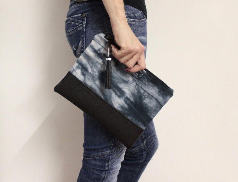 Schwarz Clutch Tasche, Handtasche von AikoThreads auf DaWanda.com