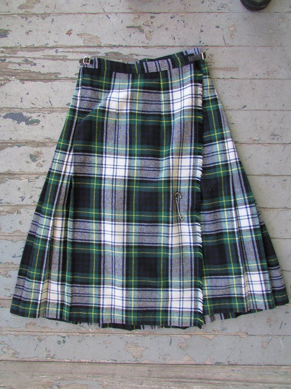 c1a0b5cd40a7 Green Plaid Kilt Skirt Vintage Cobra Kilt Made Ireland Black Watch Wool  Green Leather Buckle Large P