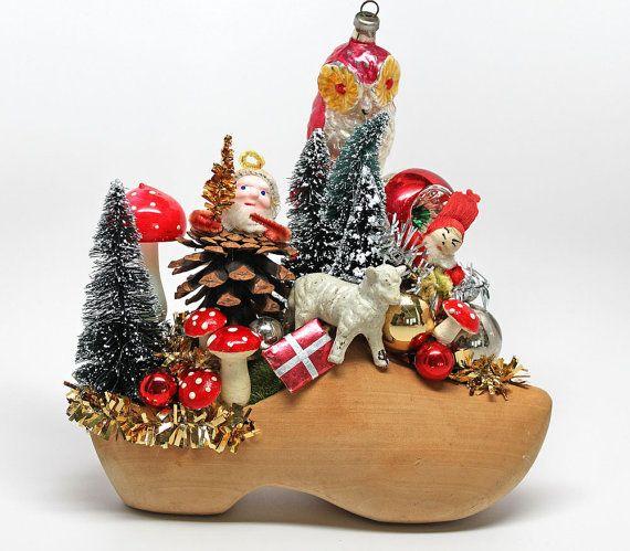 The Woodland Elfs Christmasvintage Christmas Décorholiday Décor