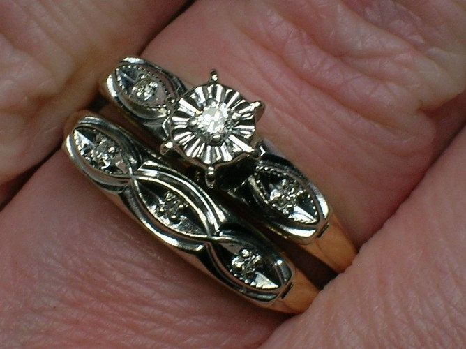 Vintage Wedding Rings Set 1950s Retro Twotone Madness Etsy Wedding Rings Vintage Wedding Ring Sets Vintage Wedding Ring Sets