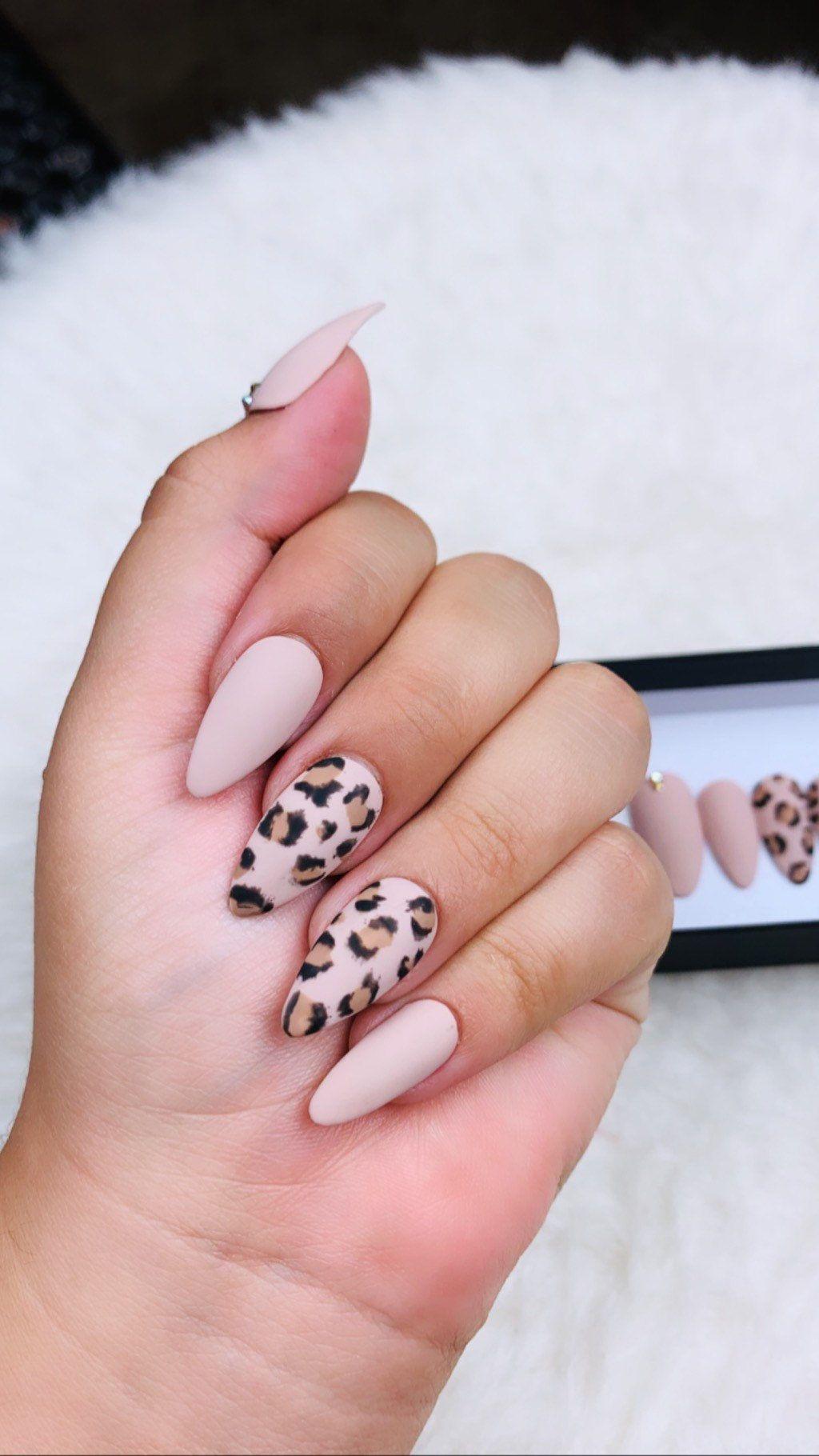 Classy Cheetah Press On Nails Cheetah Nails Brown Nails Fake Nails Beige Nails Coffin Nails Stiletto Nails In 2020 Beige Nails Cheetah Nails Brown Nails
