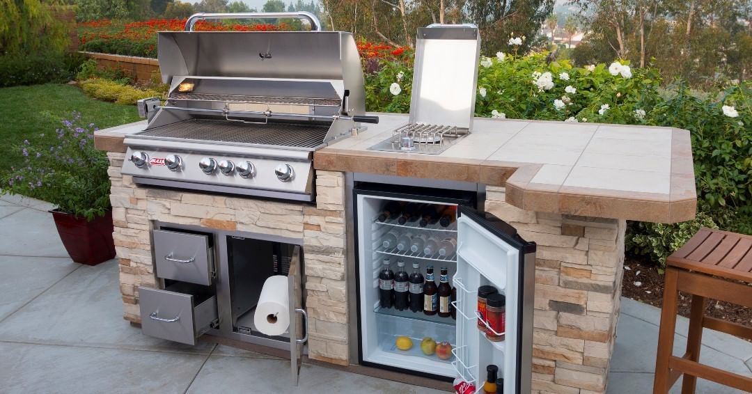 Bull Outdoor Products On Instagram Our Summer Outdoor Kitchen Sale Ends Today Find A Dealer And Get Yours Now Outdoor Grill Island Grill Island Outdoor Bbq
