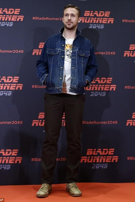 d9e417ca262 Ryan Gosling wearing Lee Vintage Denim Jacket | Hotties in Hollywood ...