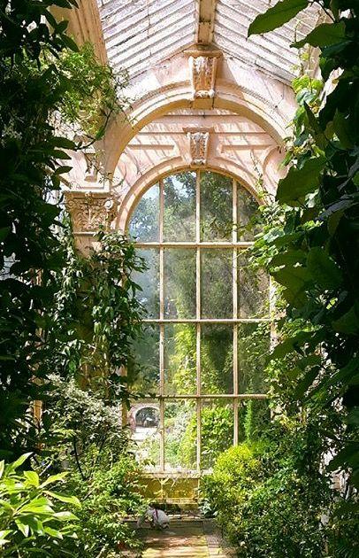 Gardenroom glasshouse greenhouse conservatory sunroom orangerie orangery plants garden atrium #dec