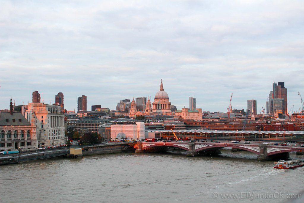 Atardecer En Londres Desde La Terraza Del Bar En Oxo Tower