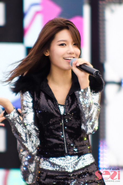 Sooyoung Snsd Girls Generation Smtown Kpop Idol K Pop Sooyoung Girls Generation Korean Girl Groups