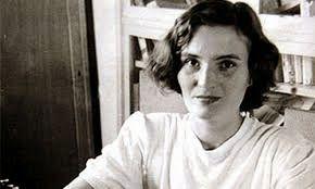 LA LITERATURA Y LA VIDA: La luz de Carmen Laforet en la Playa de La Laja