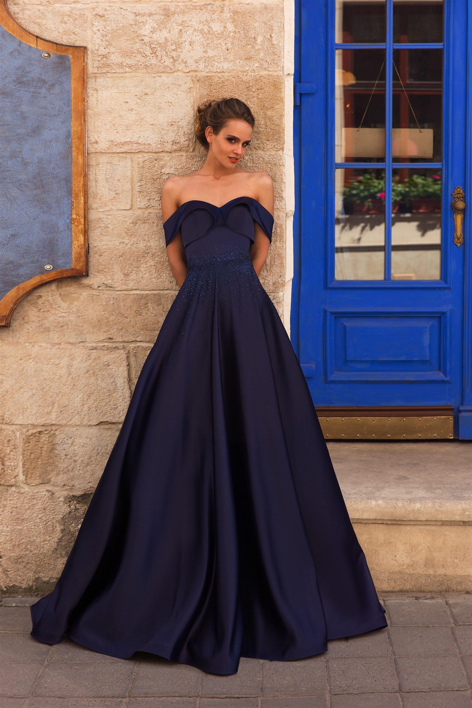 Вечірня сукня Montana Вечірні плаття та коктейльні сукні 1883b86b28f70