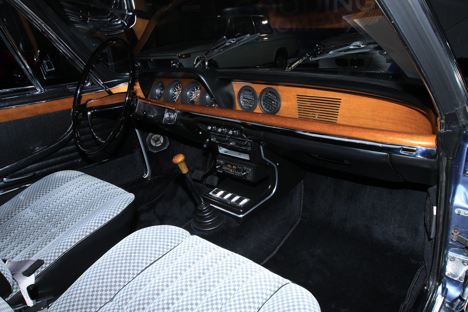 1965 BMW 2000 CS Gallery | Pinterest | BMW, Car interiors and Wheels
