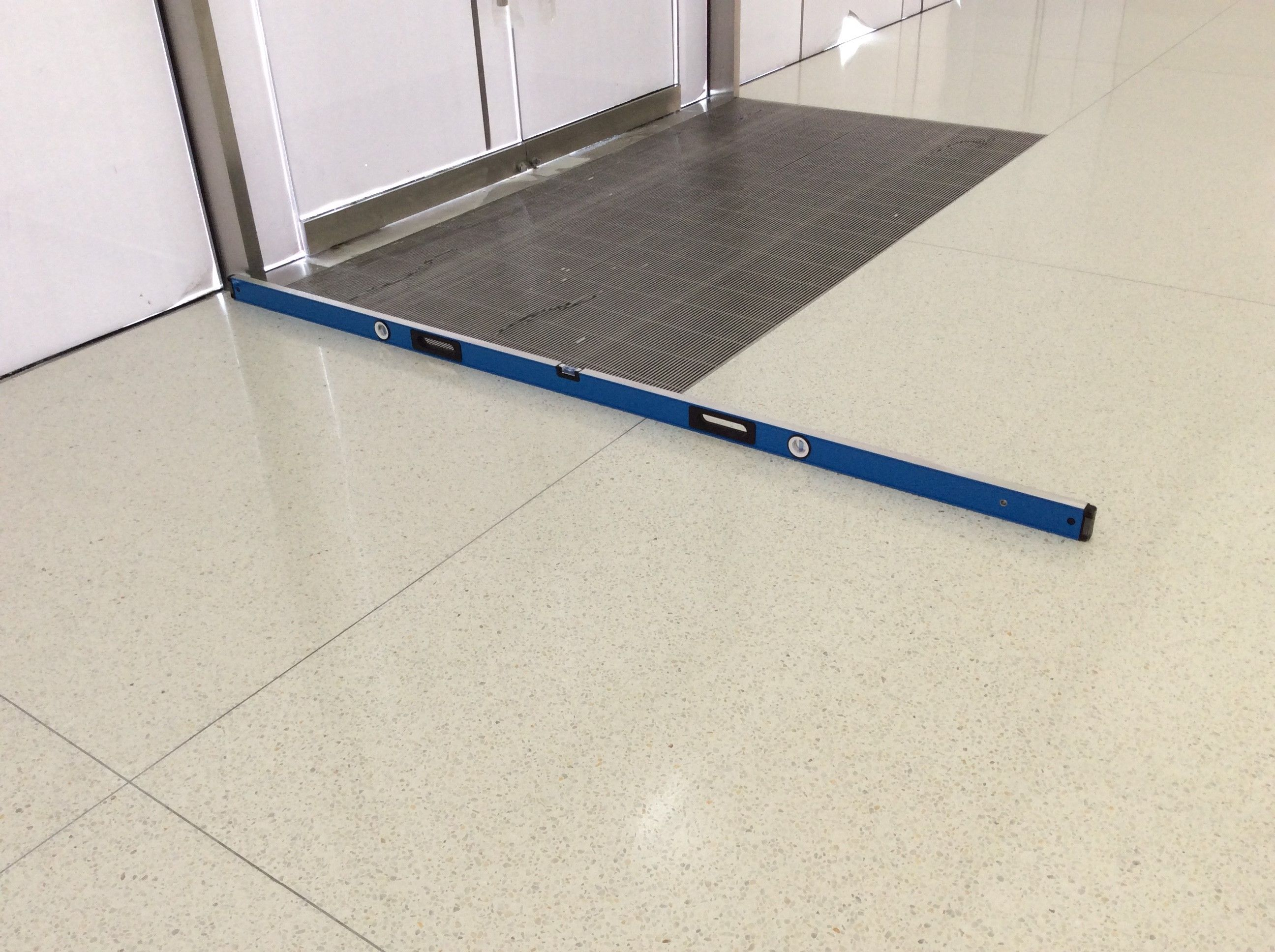 Doyle dickerson terrazzo recently installed epoxy terrazzo at an doyle dickerson terrazzo recently installed epoxy terrazzo at an apple store location for the design dailygadgetfo Images