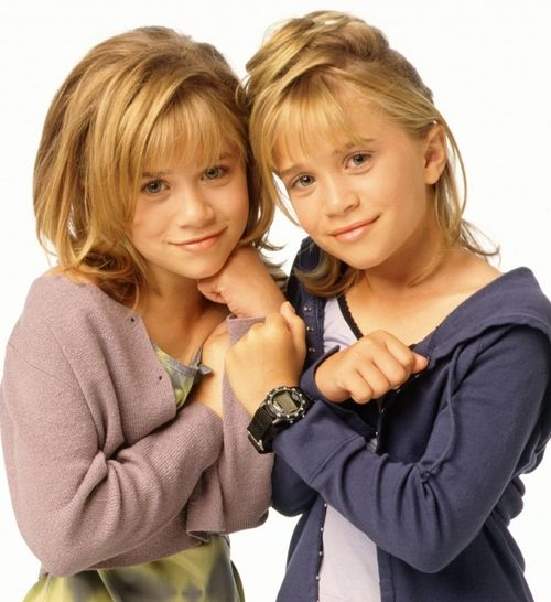 313960ca1107 Ashley & Mary-Kate Olsen.1998. Photo shoot. Two Of A Kind | MARY ...