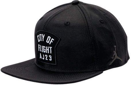 428b9e49ce12 Nike Men's Jordan City of Flight Snapback Hat, Black | caps en 2019 ...