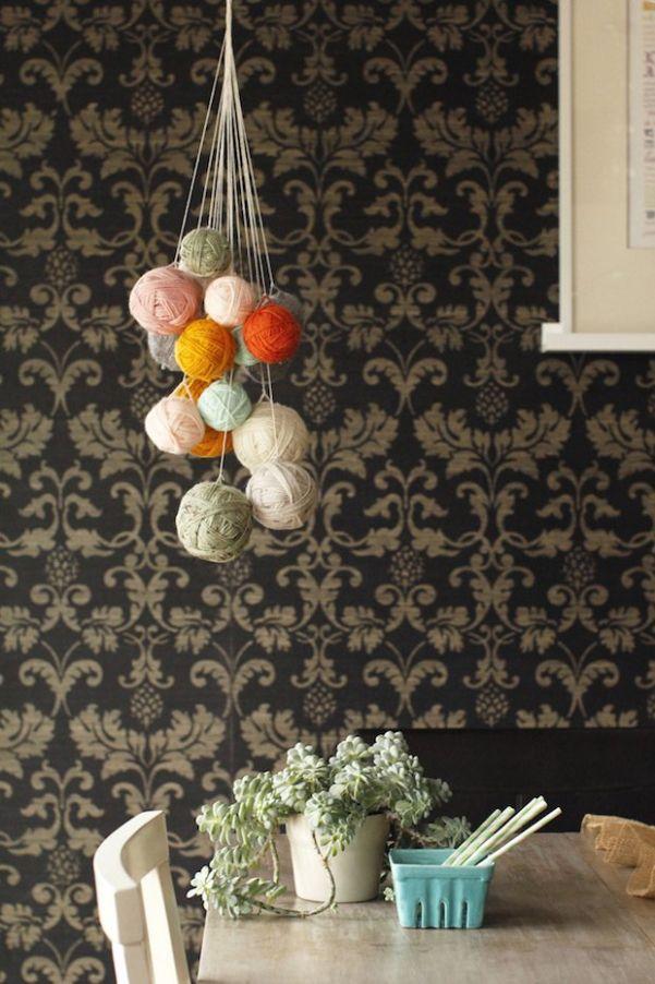 Yarn Chandelier: 34+ DIY Project http://freshoom.com/2006-yarn-chandelier-34-awesome-diy-tutorial/