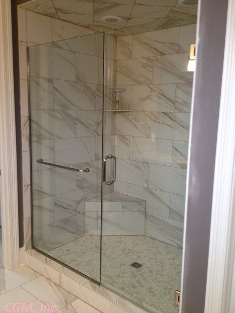 Towel Bar Through Glass Panel Showerdoor Frameless Noheader Frameless Shower Glass Shower Doors Bathroom Inspiration