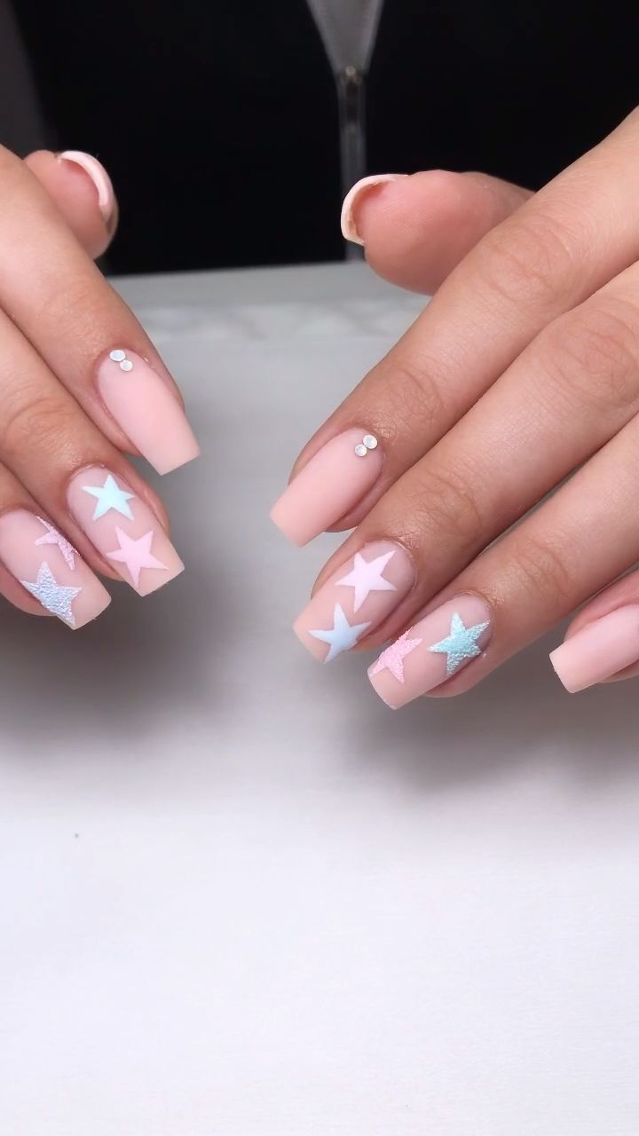 Youtube Kylie Jenner Star Nails Youtube Tutorial Best Picture For Fake Nails Wedding For Your Taste You Are Looking In 2020 Kylie Nails Star Nails Star Nail Art