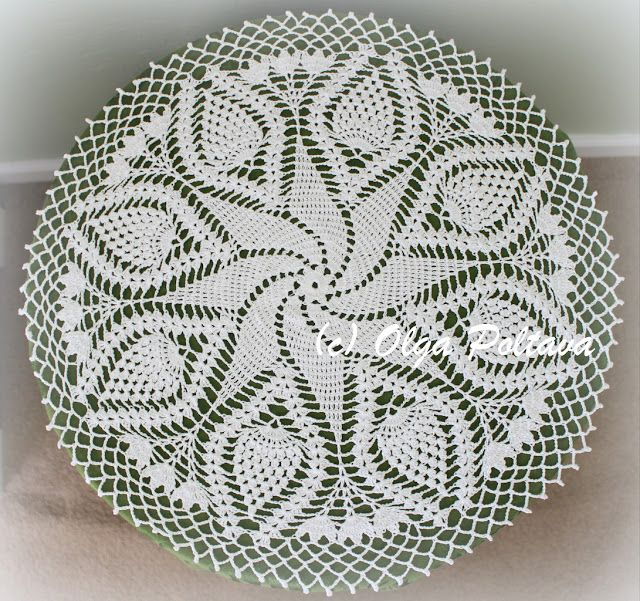 Lacy Crochet: Swirl and Pineapples Doily, Free Crochet Pattern by ...