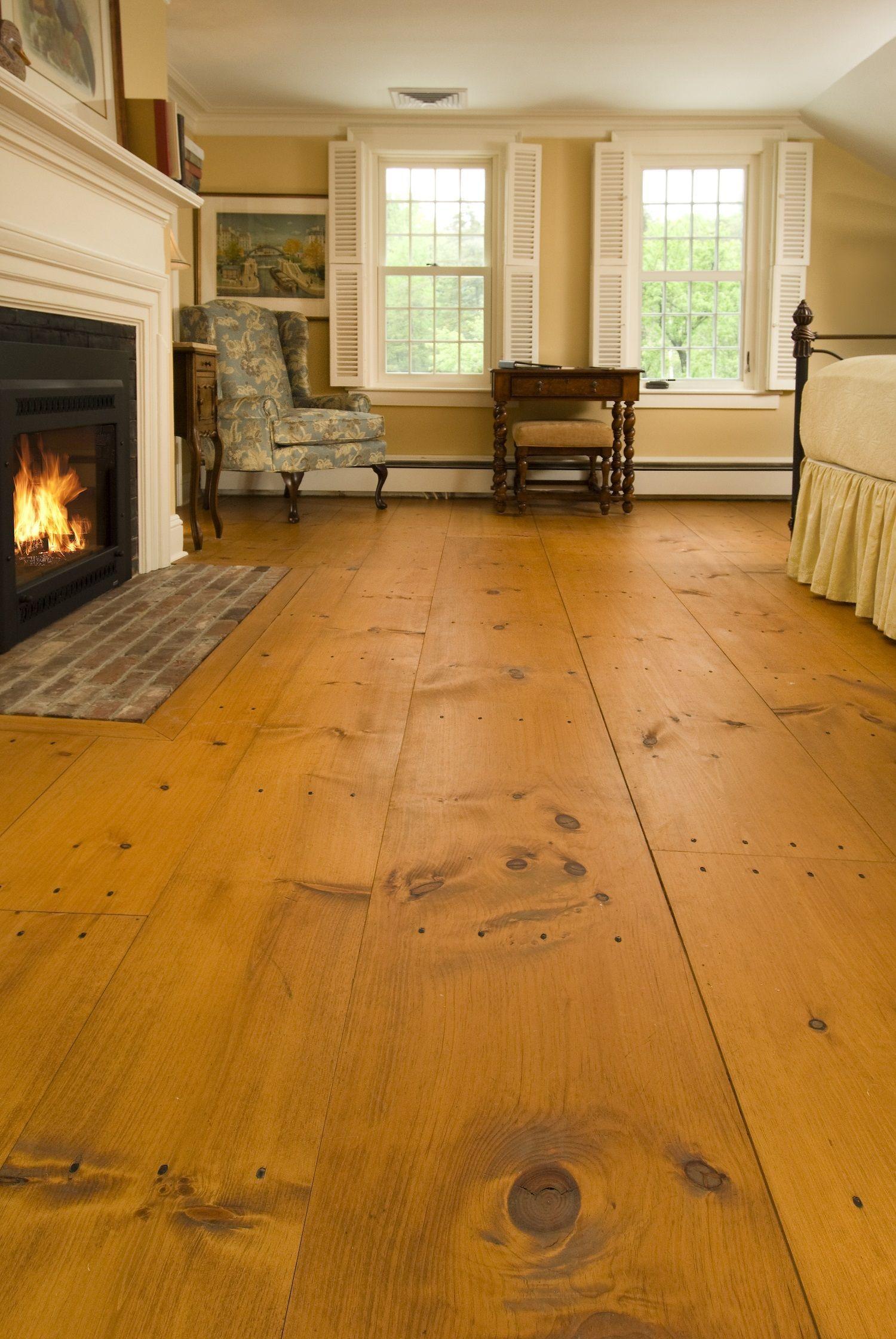 Eastern White Pine Auger Kitchen Farmhouse Flooring Pine Floors Wide Plank Flooring