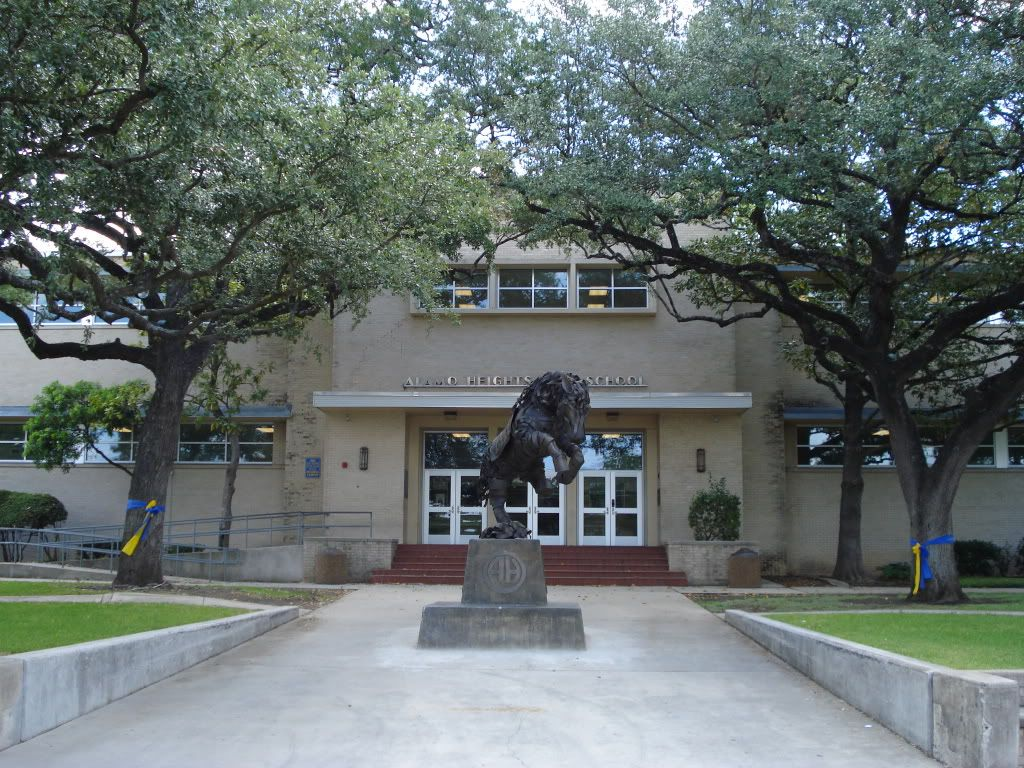 Marvelous Alamo Heights Garage #4: 1000+ Images About Alamo Heights: A Town Within A City On Pinterest | Statue Of, Tuxedos And Search