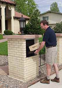 Masonry Mailboxes With Images Brick Mailbox Package Mailbox Parcel Box