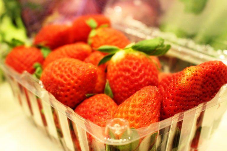 How to Keep Strawberries Last Longer In the Fridge