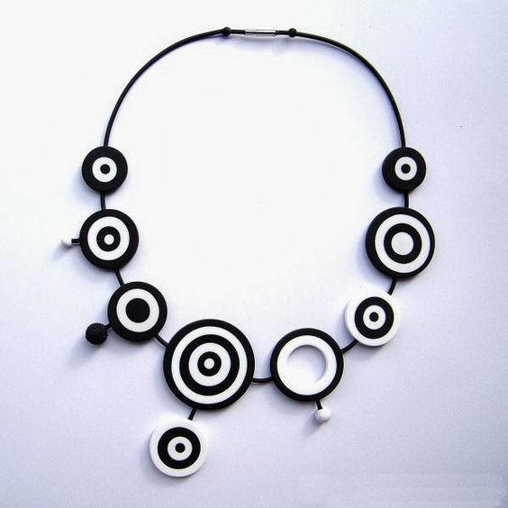 Circles Necklace by JANA LEHMANN | Polymer Clay Planet