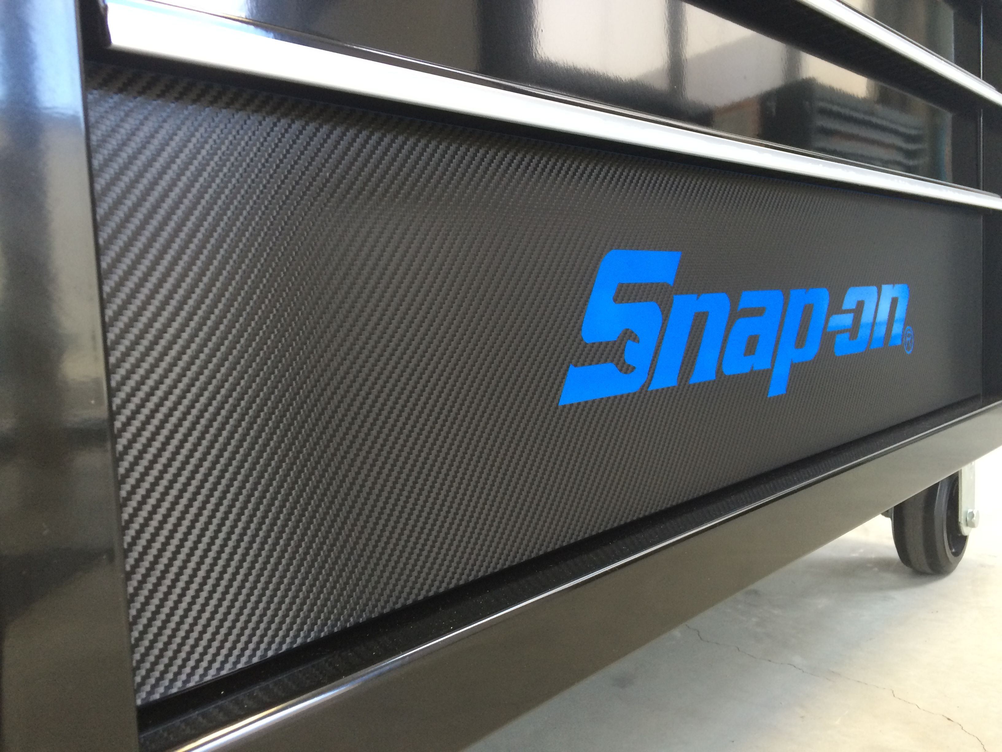 Custom Snapon tool box carbon fibre wrap! Tool Box