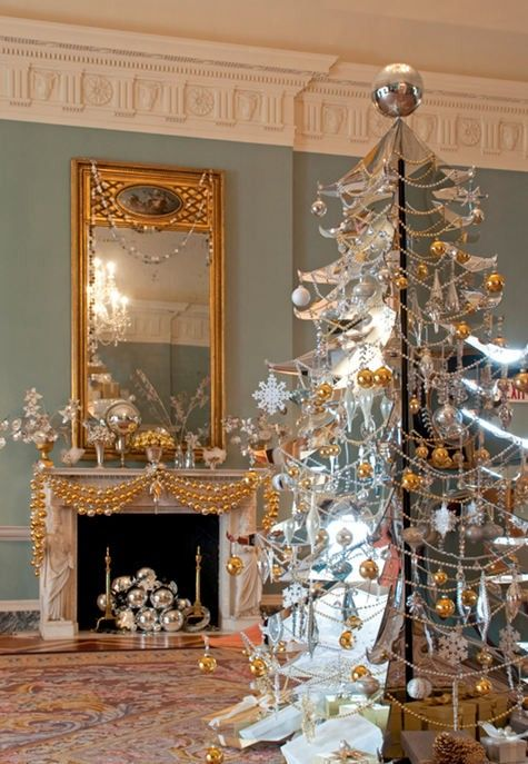 The Times New Roman Luxe Living Christmas Decor! Recipe