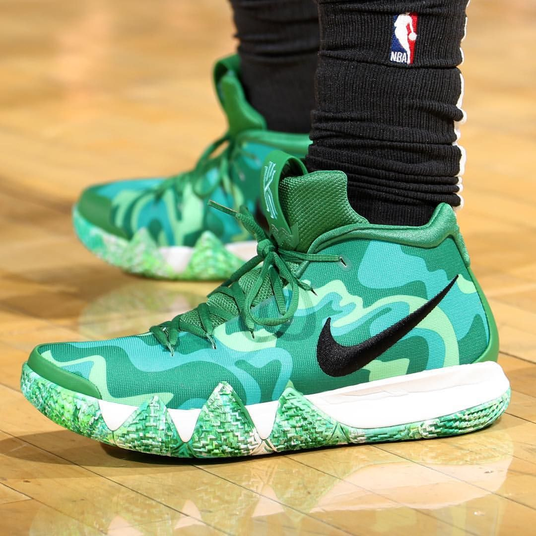 "Bleacher Report Kicks on Instagram  "" KyrieIrving breaking out another Nike  Kyrie 4 PE against New York. 👀"" 8225c7a64"