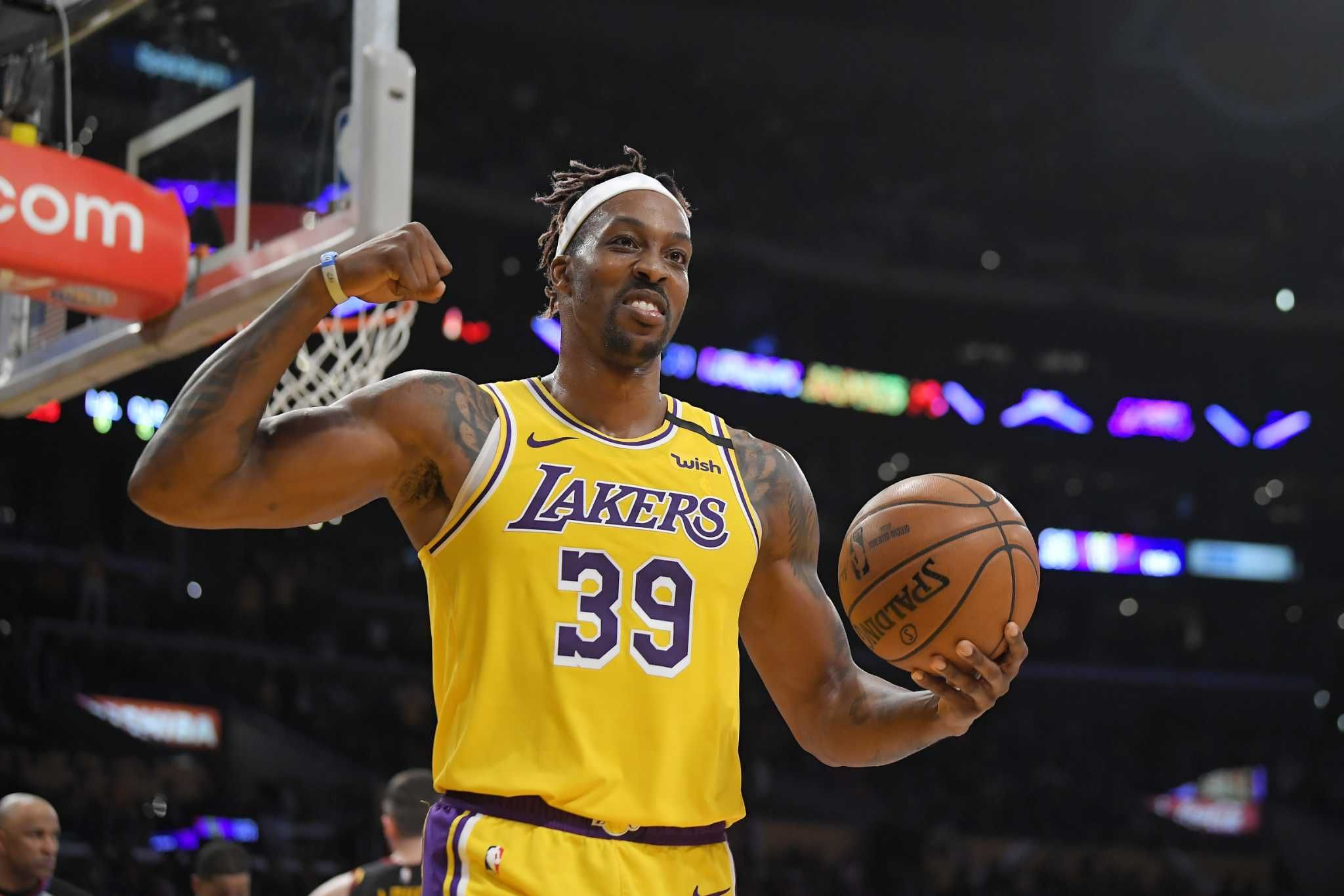Rockets Mike D Antoni Unsurprised By Dwight Howard S Revival With Lakers In 2020 Dwight Howard Mike D Antoni Dwight