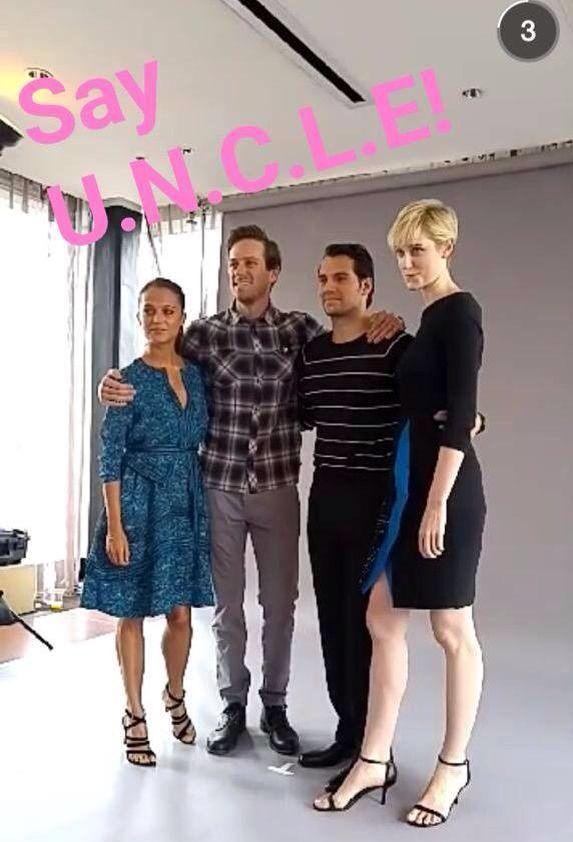 Primeiras imagens do elenco de O Agente da UNCLE hoje em San Diego para Comic Con Via:@agentbartonn