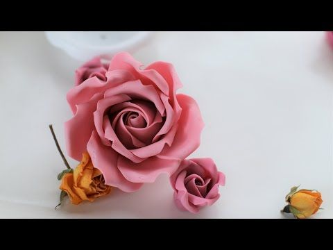 Sweet Avalanche Rose Tutorial By Ilona Deakin From Tiers Of Happiness Youtube Sugar Flowers Tutorial Fondant Rose Tutorial Fondant Flower Tutorial