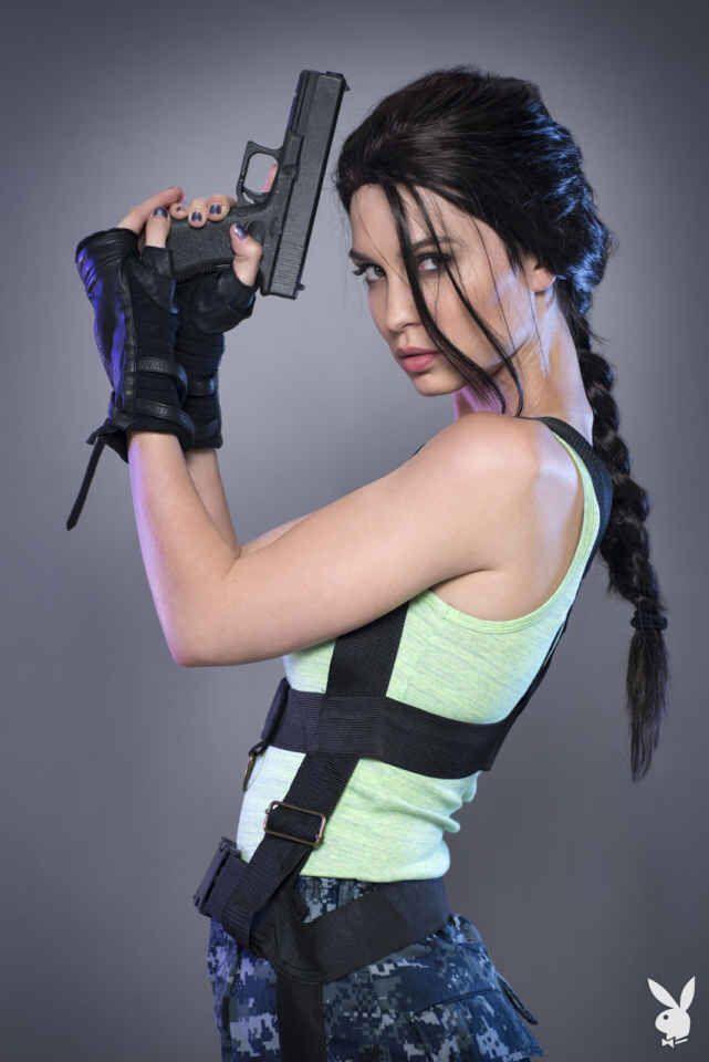 pamela horton as lara croft for playboy   lara croft cosplay