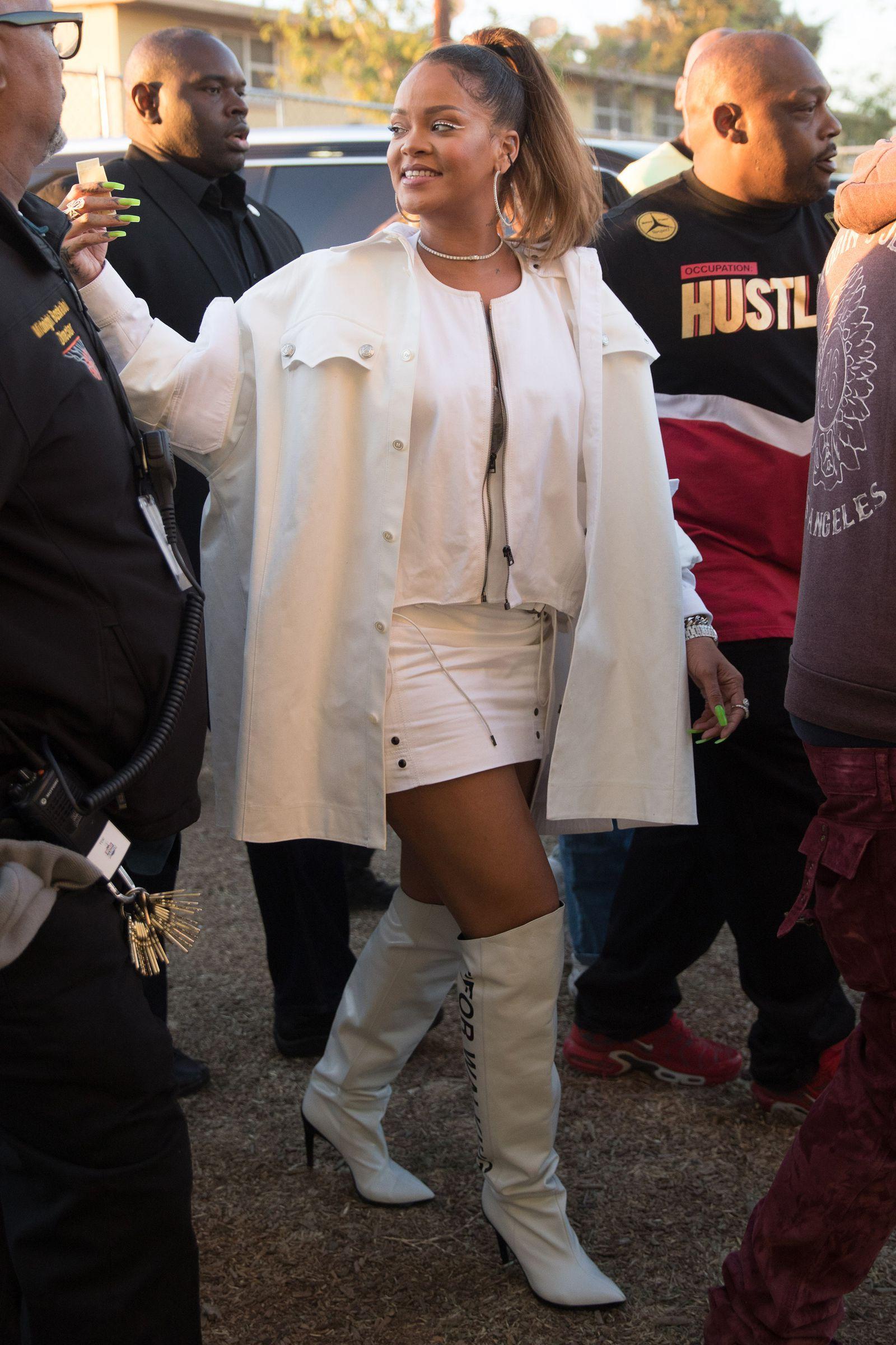57b8ae706bb Rihanna s Bad Gal Style